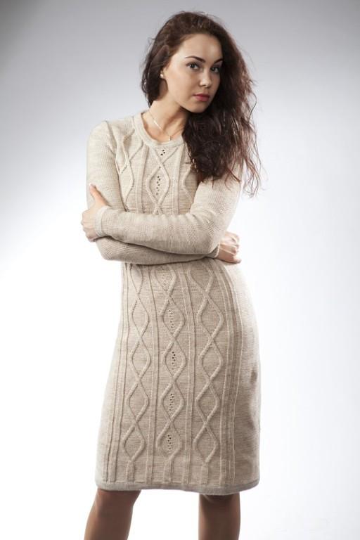 Бежевые вязаные платья