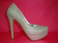 Свадебные туфли в серебре