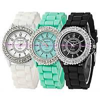 Часы женские GENEVA Luxury Женева со стразами