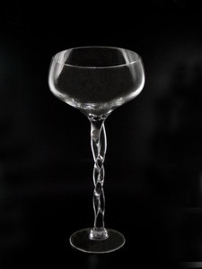 Стеклянная ваза Бокал
