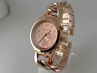 Часы женские Michael Kors плетеный браслет в розовом золоте