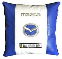 Автомобильная подушка в машину с вышитым логотипом мазда Mazda