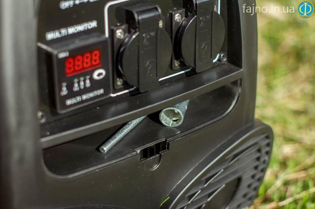 Место для хранение ключей у генератор садко есть бардачек