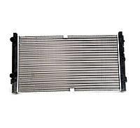 Радиатор охлаждения Volkswagen T4 96-