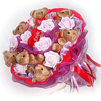 Букет из мягких игрушек Мишки 7 с сердечками в красном