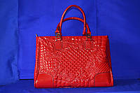 Красная Лаковая сумка с вышивкой VERSACE 2014