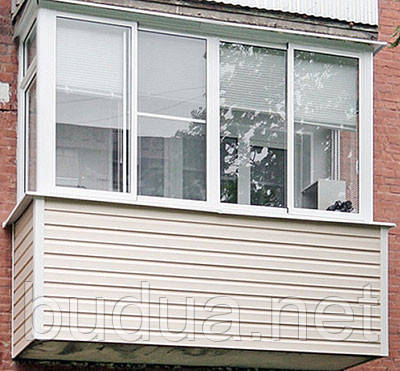 Сайдинг двухпереломный Alta-Siding украсит балкон