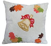Сувенирная декоративная подушка  с вышивкой