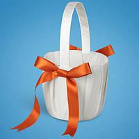 Красивая корзинка для лепестков с оранжевыми лентами,  корзинки для лепестков роз на свадьбу