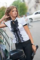Блузка молодежная с коротким рукавом и кружевом впереди