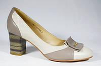 Женские удобные туфли Clotilde на среднем каблуке