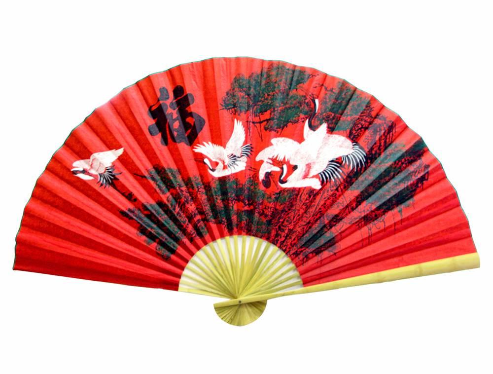 Веер настенный 5 журавлей на красном фоне