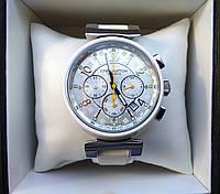 Часы Louis Vuitton white 235