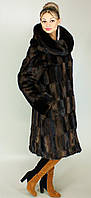 Модная шуба больших размеров с капюшоном