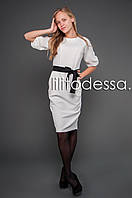 Платье с рукавом-фонарик белый