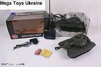Радиоуправляемый танк игрушечный