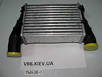 Радиатор воздуха, интеркулер Audi A4, A6 1.8T/ 1.9TD 97-05