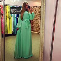 Очаровательное длинное платье в пол с широкими рукавами
