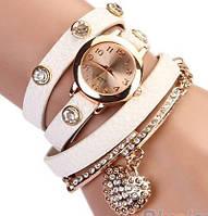 Часы на длинном ремешке сердечко