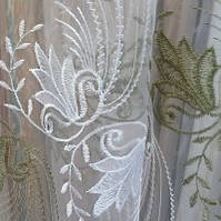 Органза, гардина, тюль белая с зеленой вишивкой