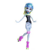 Кукла Monster High Abbey Bominable Roller Maze Монстер Хай Эбби Боминейбл Роллеры