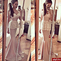 Длинное платье без рукавов ,лиф и баска отделка гипюр