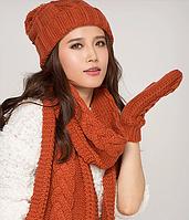 Шерстяной комплект шапка, шарф, варежки