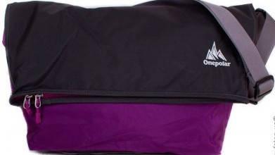 Удобная женская спортивная сумка 20 л. на плечо ONEPOLAR (ВАНПОЛАР) W5637-violet