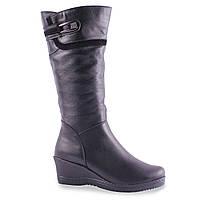 Модные женские сапоги Скорпіон (кожаные, черные, зимние, на танкетке, з пряжкой, на замке)