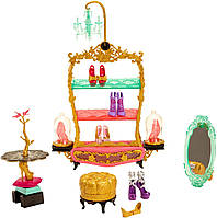 Обувной магазинчик Эшлин (Ever After High Book End Hangout Glass Slipper Shop Playset)