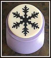 Дырокол фигурный Снежинка 3,8 см кнопка