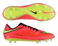 Полупрофессиональные футбольные бутсы Nike Hypervenom Phatal FG.