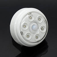 Led лампа с датчиком движения на батарейках, фото 1