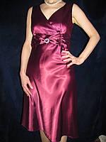 Нарядное женское платье, атласное. 46-48р.