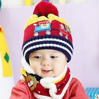Детская вязаная красная с желтым шапка и хомут