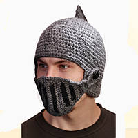 Мужская вязанная шапка Шлем