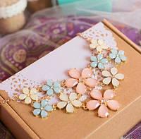 """Ожерелье """"Жозефина"""" пастельные цвета, цветки."""