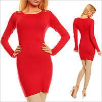 Красная туника - платье с округлым вырезом и погонами