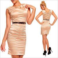 Деловое платье бежевого цвета