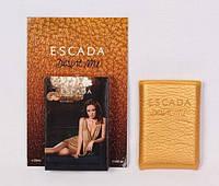 Женские духи-планшет в кожаном чехле Escada Desire Me