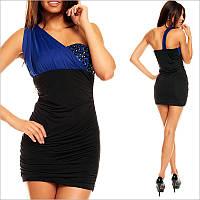 Облегающее платье на одно плечо