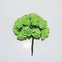 Розочка латексная салатовая, букетик из 11 цветков, диаметр розы 15-20 мм, длина проволоки 7 см