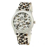 Часы женские Geneva - серебряный леопард