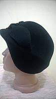 Элегантный фетровый берет черного цвета с красивым украшением   из лепестков, размер регулируется .