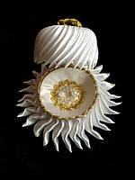 Подушечка под обручальные кольца цвет белый