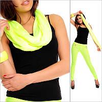 Женский шарф эффектного желтого цвета