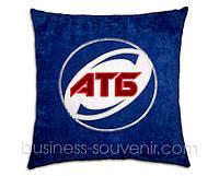 Автомобильные подушки с логотипом