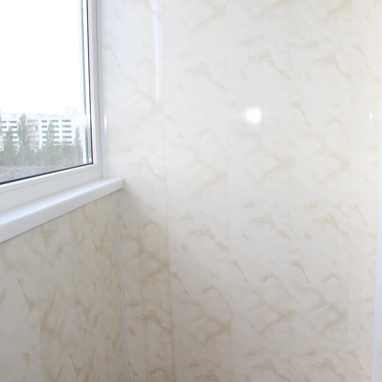 Pose premiere lame lambris plafond site devis travaux for Pose lame pvc plafond