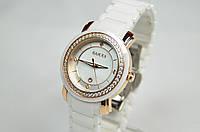 Женские наручные часы Gucci керамика