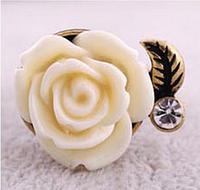 Хит продаж! Модное женское кольцо в ретро-стиле Роза, цвет - белый